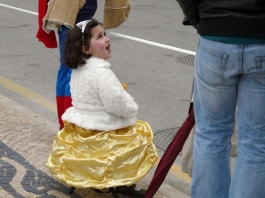 малка принцеса на карнавал в Сесимбра - снимка - kikabelata